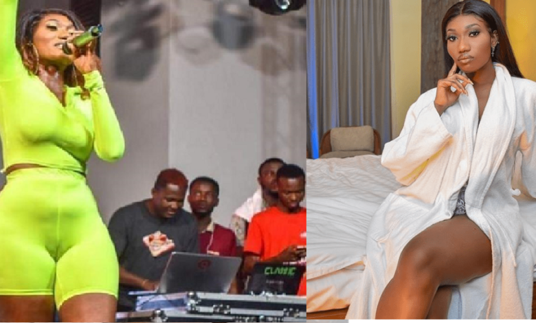 Wendy Shay removes her dress live on TV